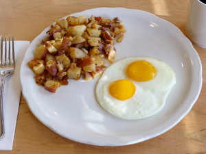 Over Easy Eggs Definition, Shirred Eggs \u0026 Poached Eggs